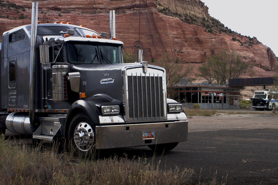 EPA Advances Efforts to Repeal Glider Provision from Heavy-Duty Truck Rule
